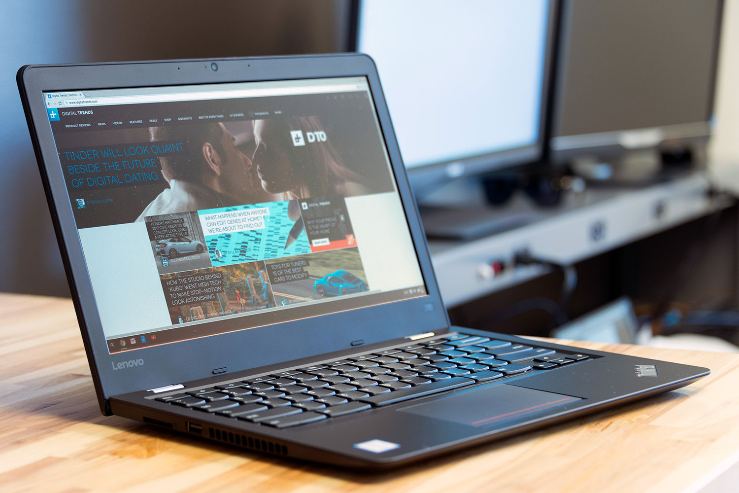 Microsoft may reduce its Windows 10 licensing fee for OEMs to combat Chromebooks