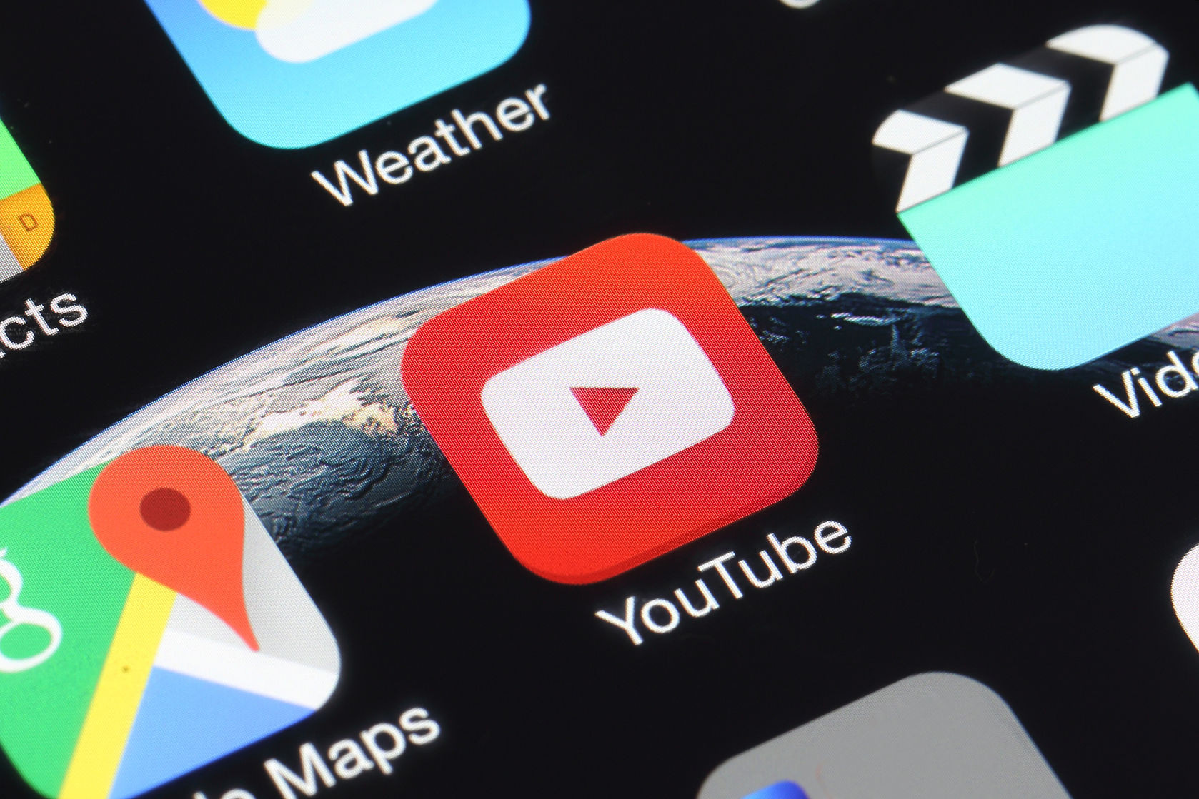 YouTube in-app messaging goes live in Canada first