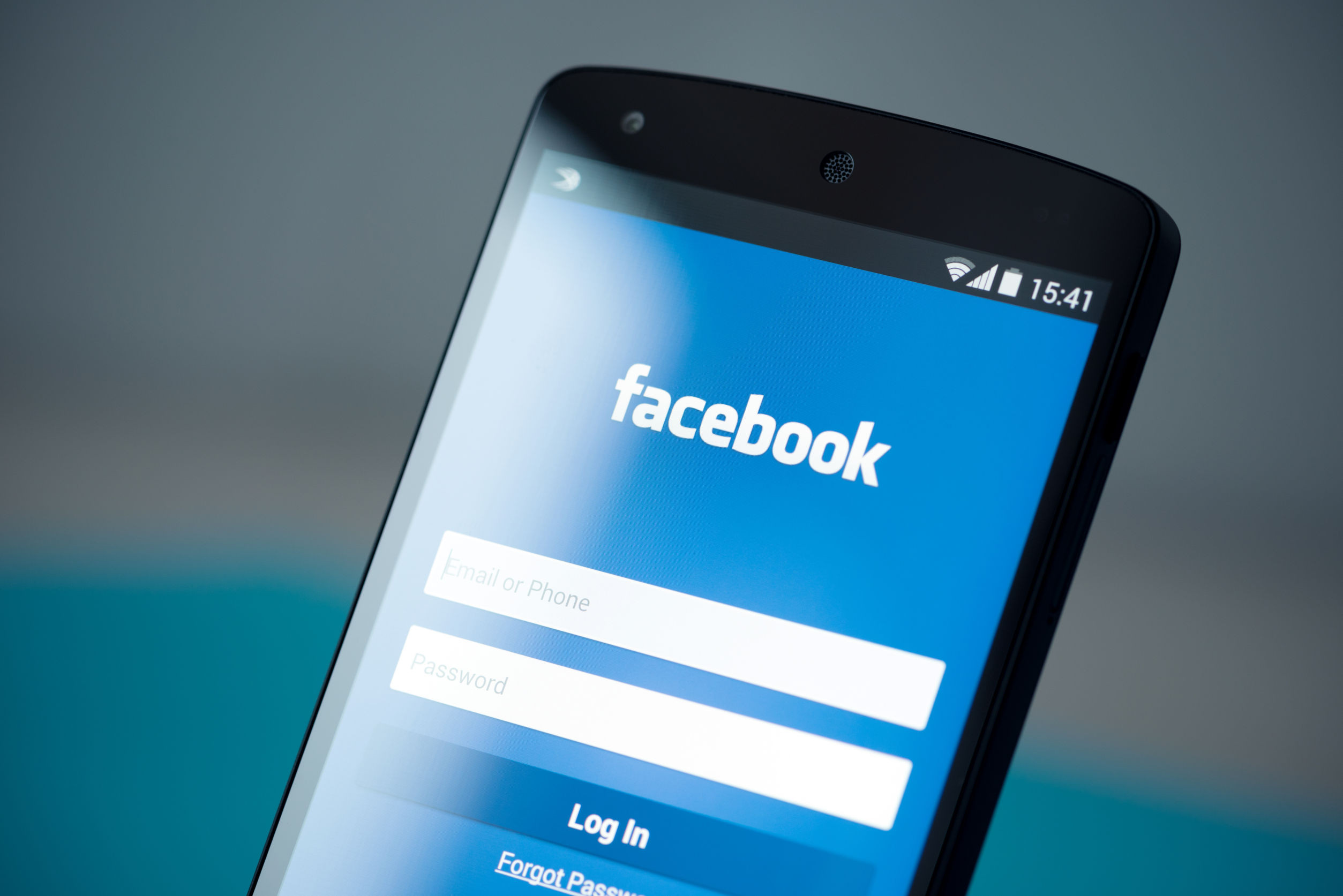 On Facebook a lot? Average users around the world spend more than 50 minutes on website, related apps