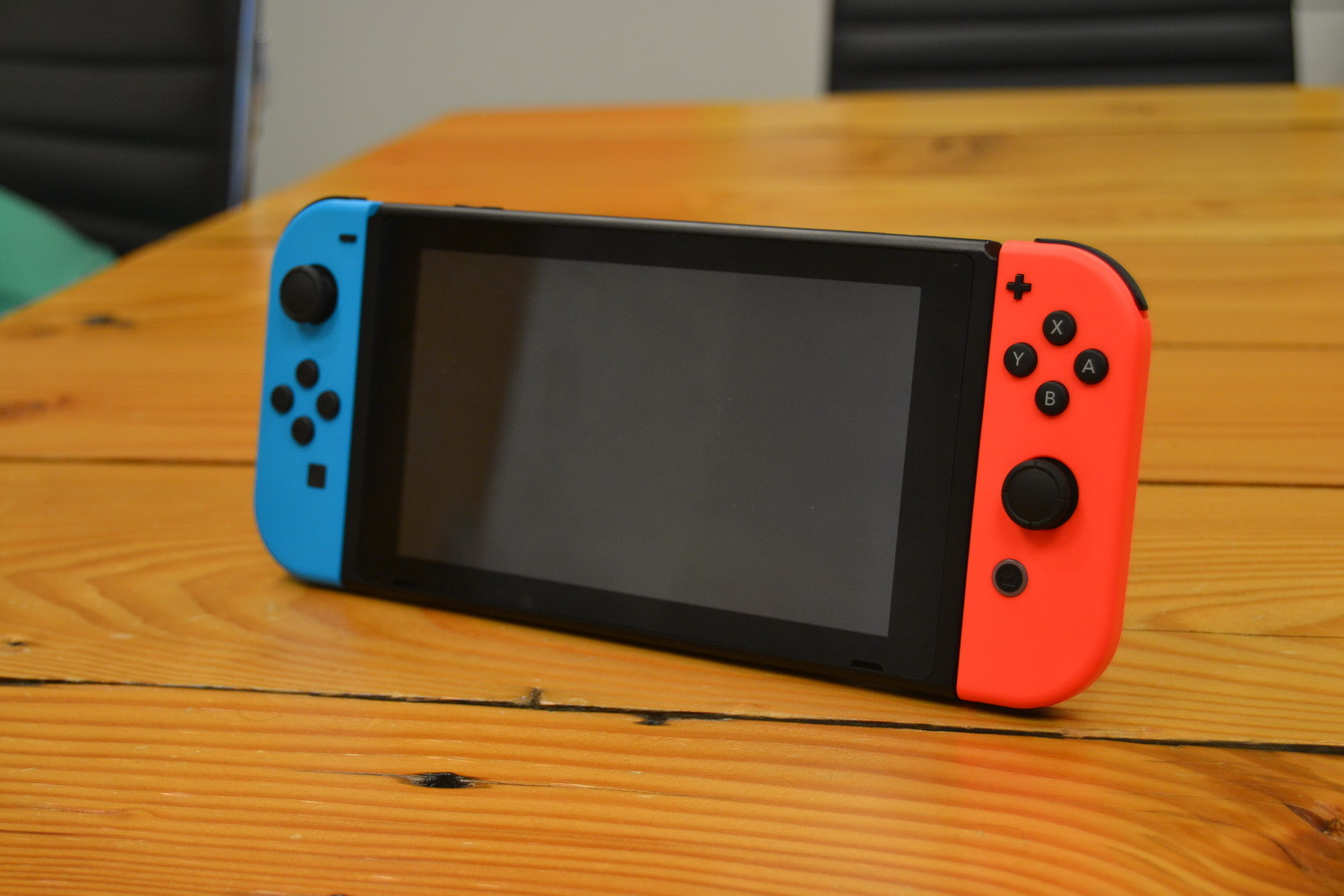 Nintendo reportedly doubling Switch production after strong early sales