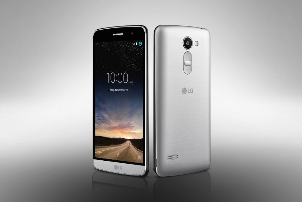 LG's Ray is a mid-range phone for 3G markets with its 5.5-inch 720p screen