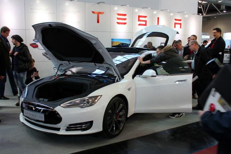 Tesla motors employee stock options