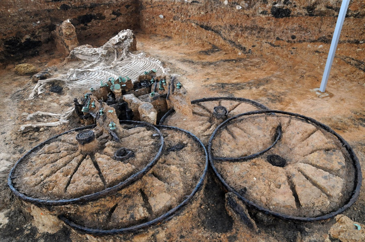 The Story Behind That 2,000-Year-Old Thracian Chariot You Saw on Reddit