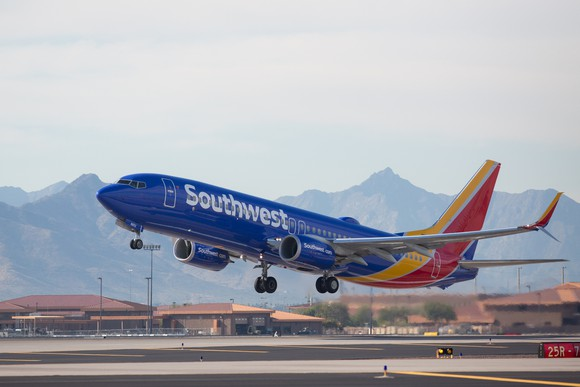 Southwest Airlines and United Continental Just Raised Their Q4 Revenue Forecasts