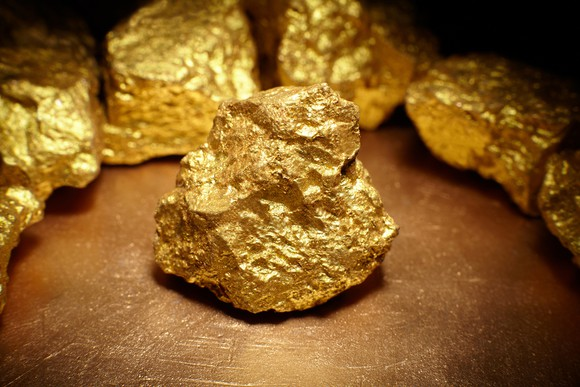 3 Gold Stocks You Don't Have to Babysit