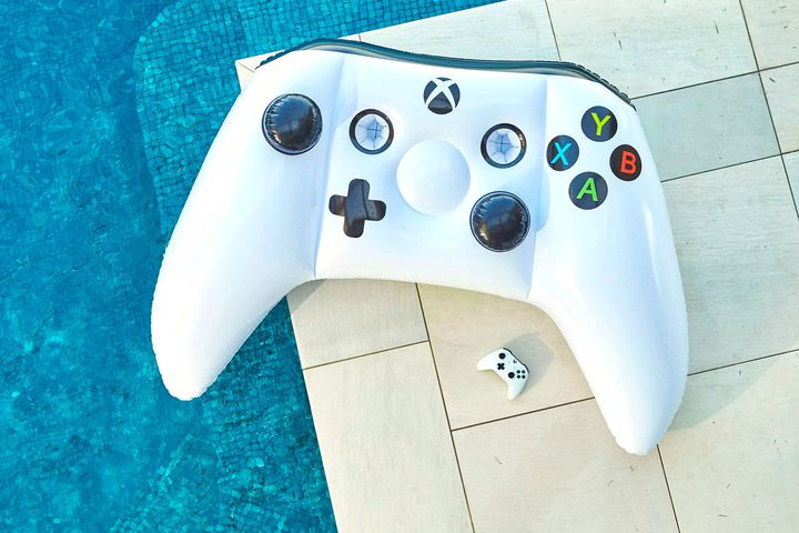 Inflatable Xbox One controller is perfect if you ever manage to go outside