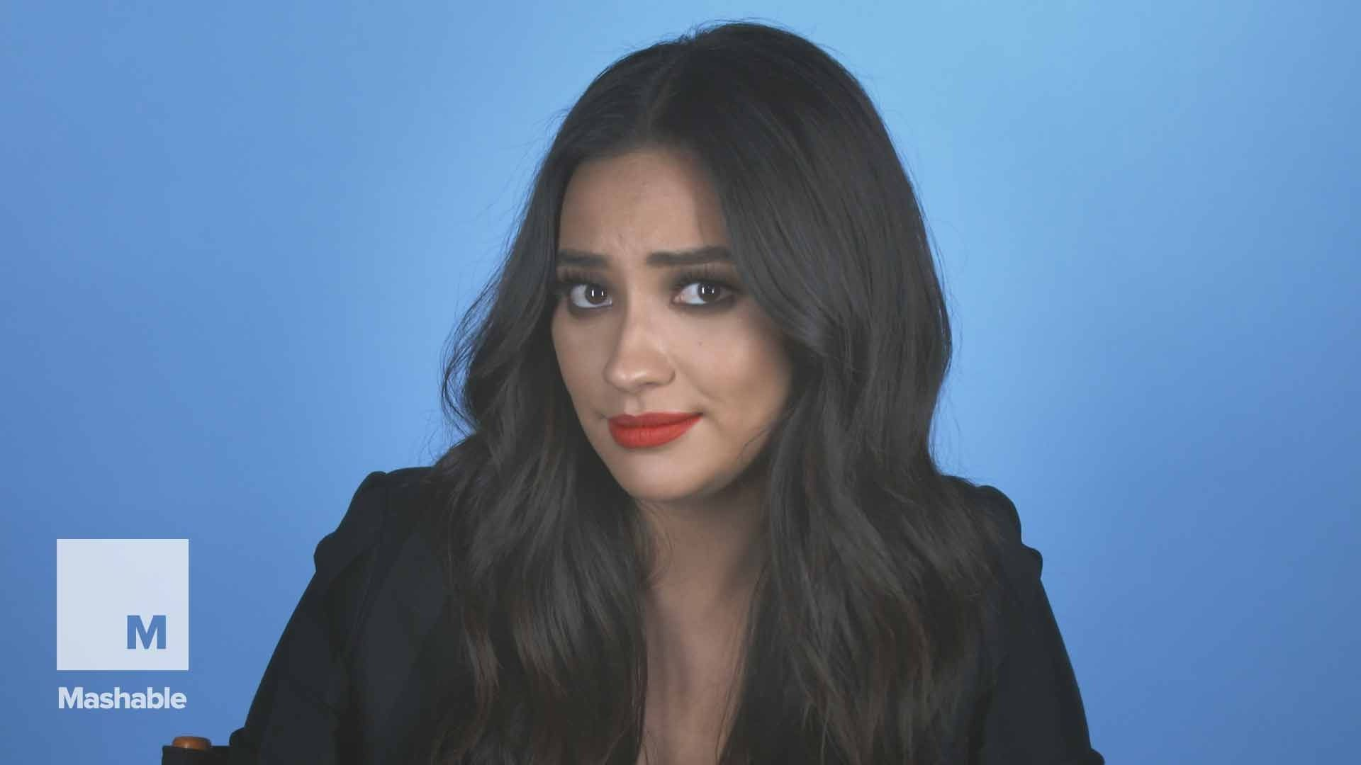 Shay Mitchell has some crucial social media survival tips for moms