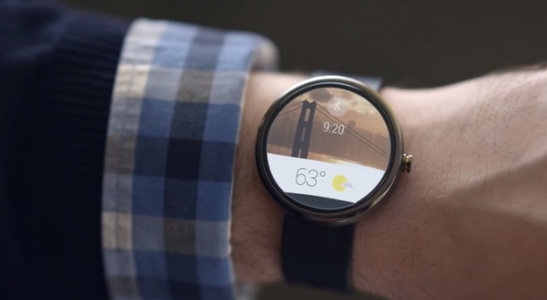 Android Wear Enables Wi-Fi, Gestures to Fight Apple Watch