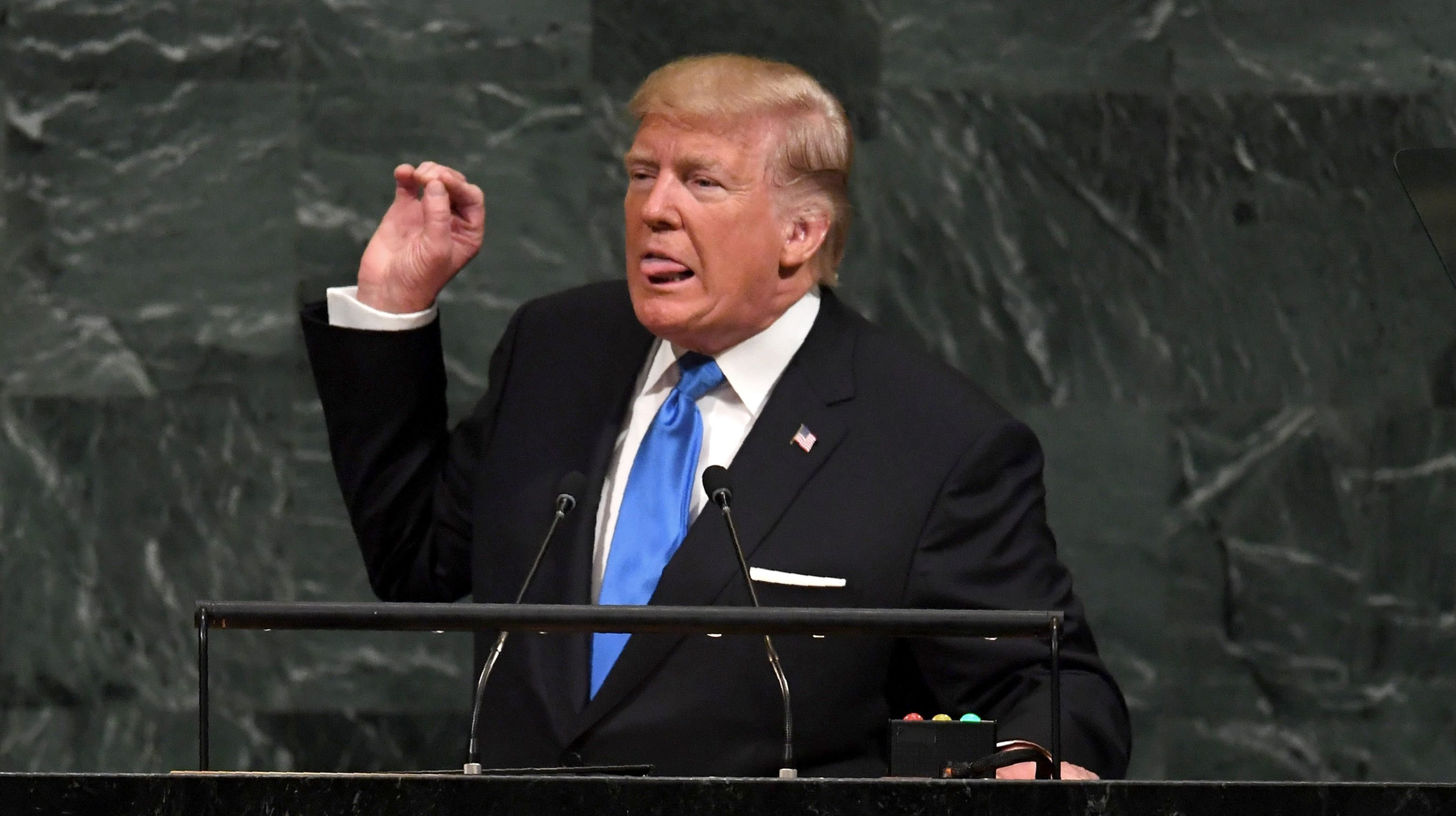 Trump's UN Speech Photos Are Like A Bottomless Pot Of Gold
