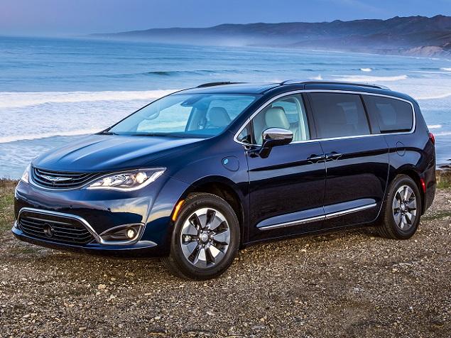 Test Drive 2017 Chrysler Pacifica Hybrid
