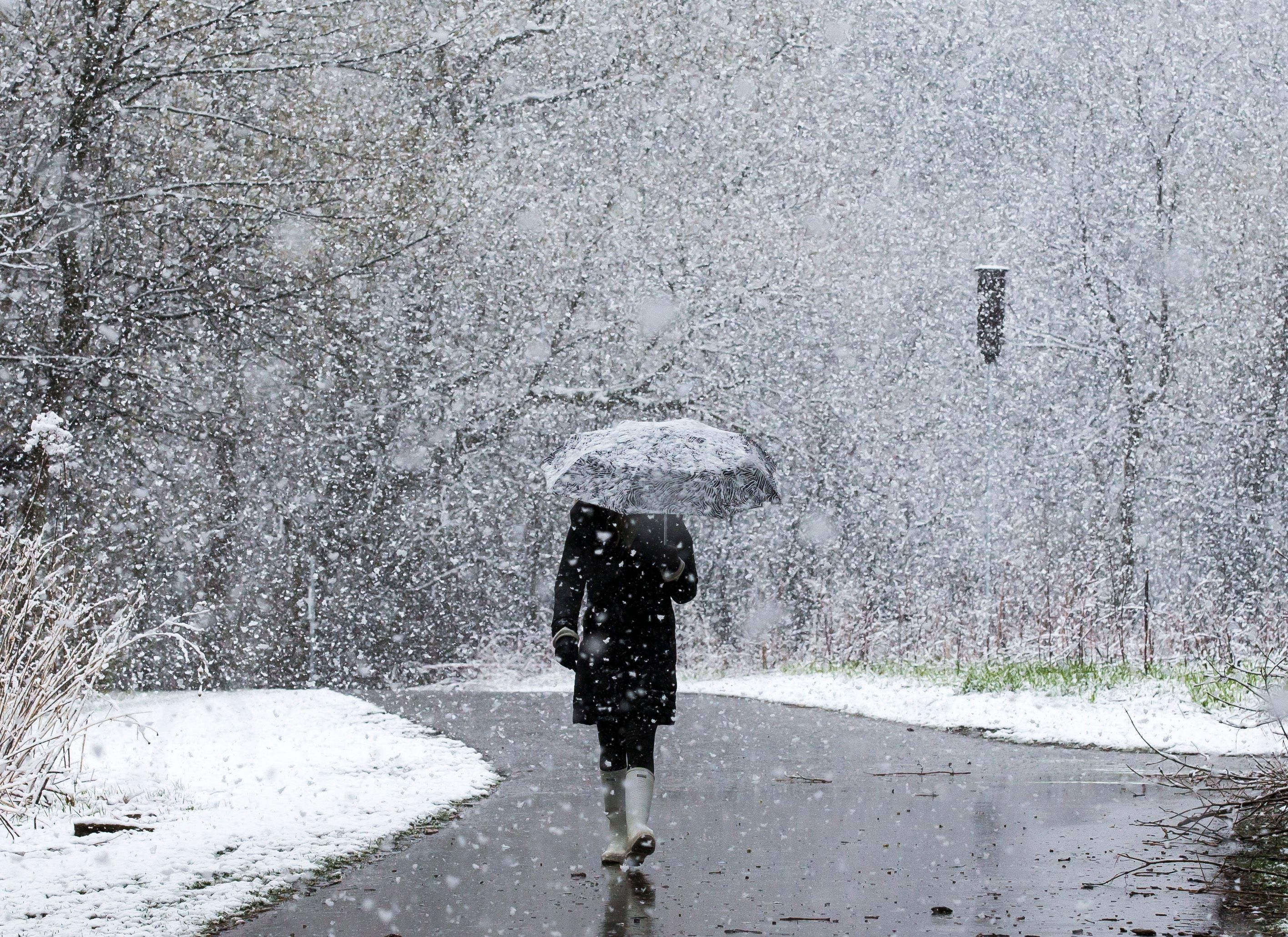 Weather: Old Man Winter holds on for another snow storm for 16 million in Chicago, Midwest
