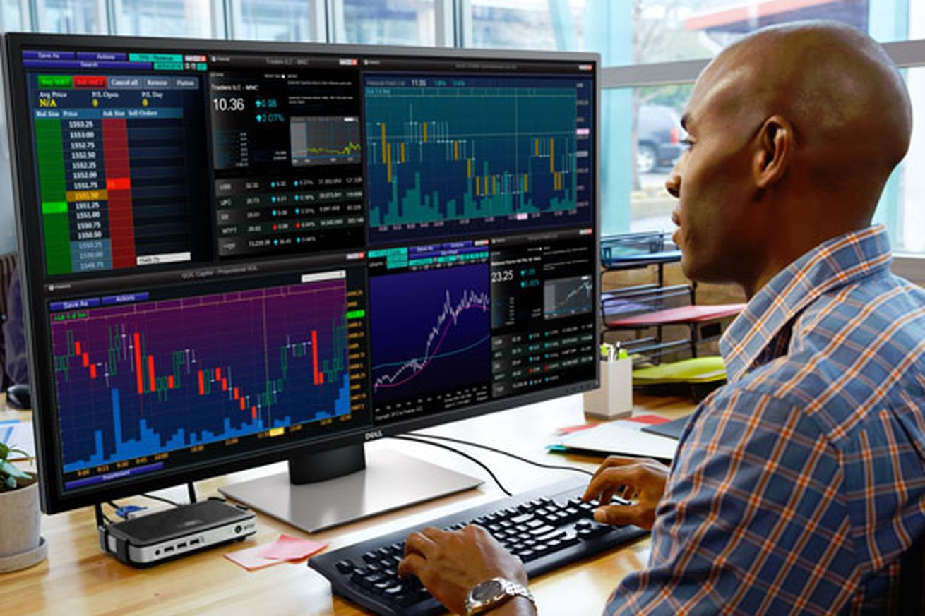 Dell's 43-inch 4K multi-client monitor is amazing