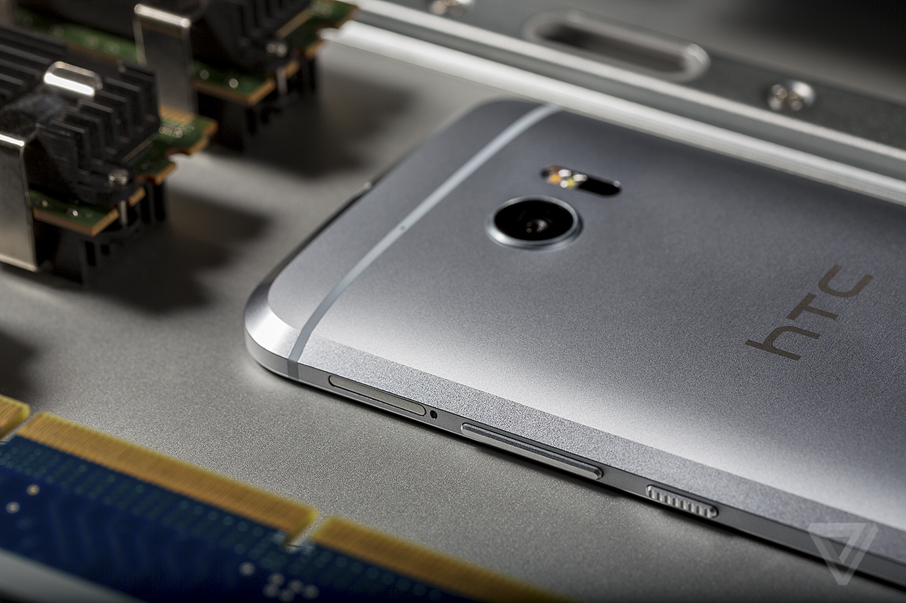 The Android rumor mill has decided: HTC will make the next Nexus phones