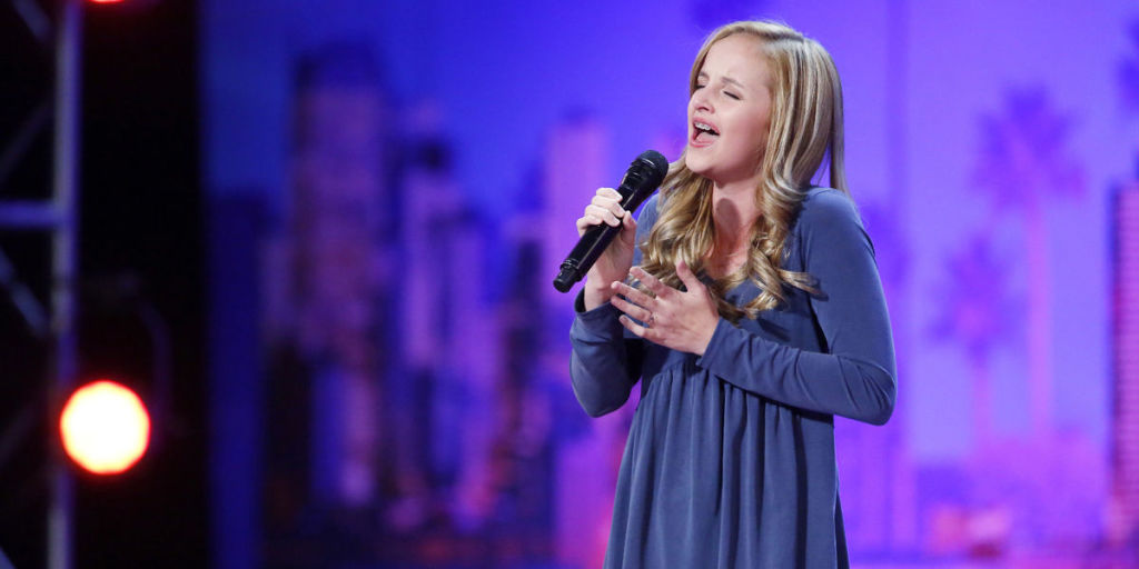 America's Got Talent Contestant Evie Clair Loses Her Dad to Cancer Just Before Finals