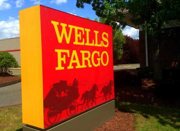 Wells Fargo Faces Legal Issues, High Costs: Time to Sell?
