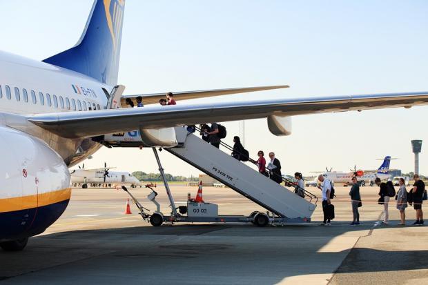 Boeing vs. Airbus: Who Stole the Dubai Air Show 2017?