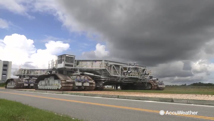 Crawler transporter on the move... at 1 mph