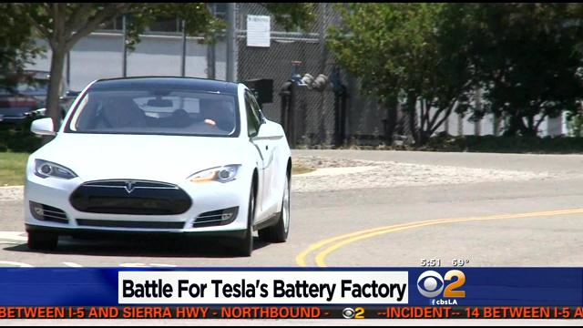 Tesla dealing as U.S. states play factory poker