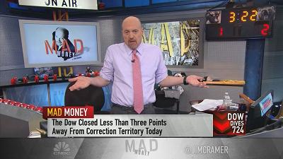 Cramer pits Home Depot against Lowe's and picks the better stock