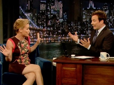 'Late Night With Jimmy Fallon': Piper Perabo