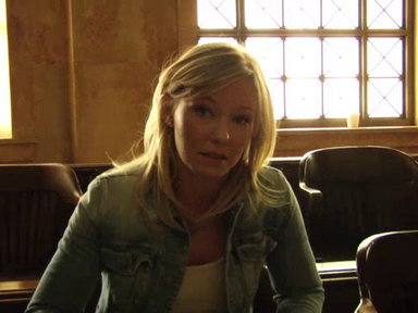 'Law & Order SVU': Kelli Giddish Talks About Her Character's Gambling Issues