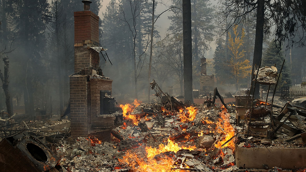 At least 9 dead as Camp Fire grows to 90,000 acres in Butte County, 5 percent contained