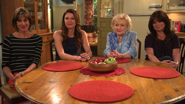 'Hot In Cleveland' Casts Answers Your Twitter Questions: