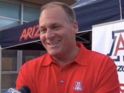 Rich Rodriguez at Arizona road tour