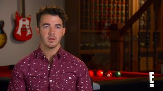Kevin Jonas Helps Brothers Joe and Nick Joans Pick Up Women