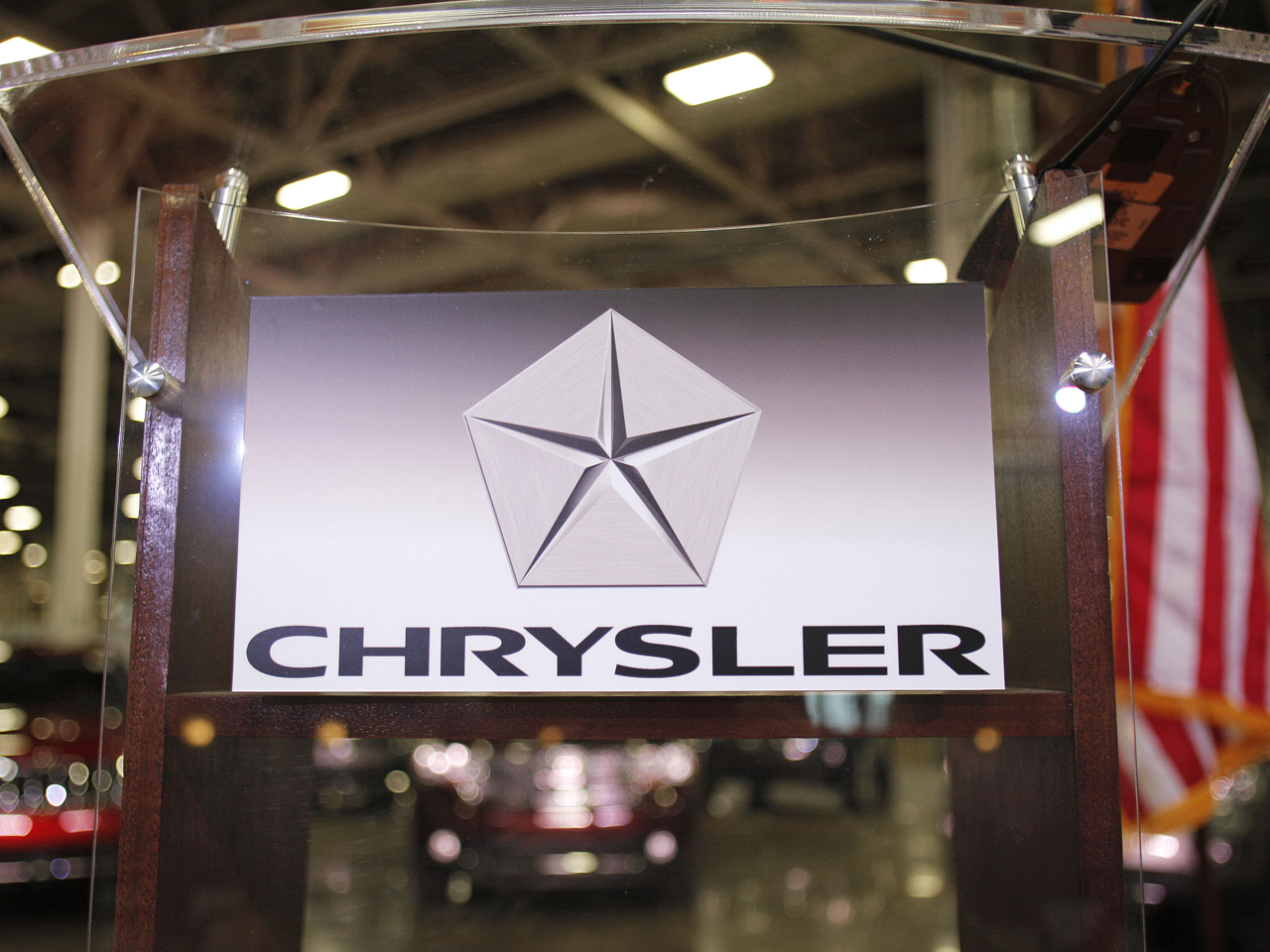 Auto group says nerve center defect behind Chrysler problems (Photo by Bill Pugliano/Getty Images)