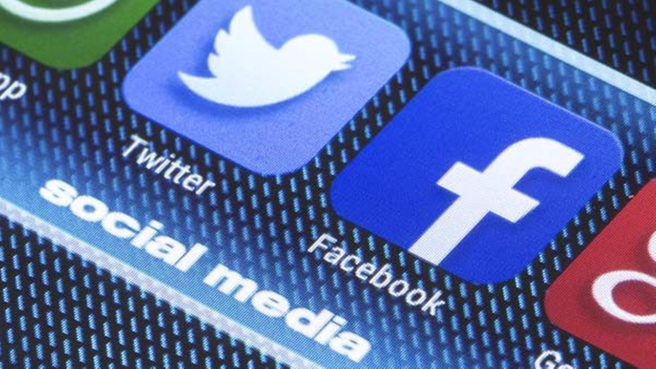 How to disable video autoplay in Facebook, Twitter