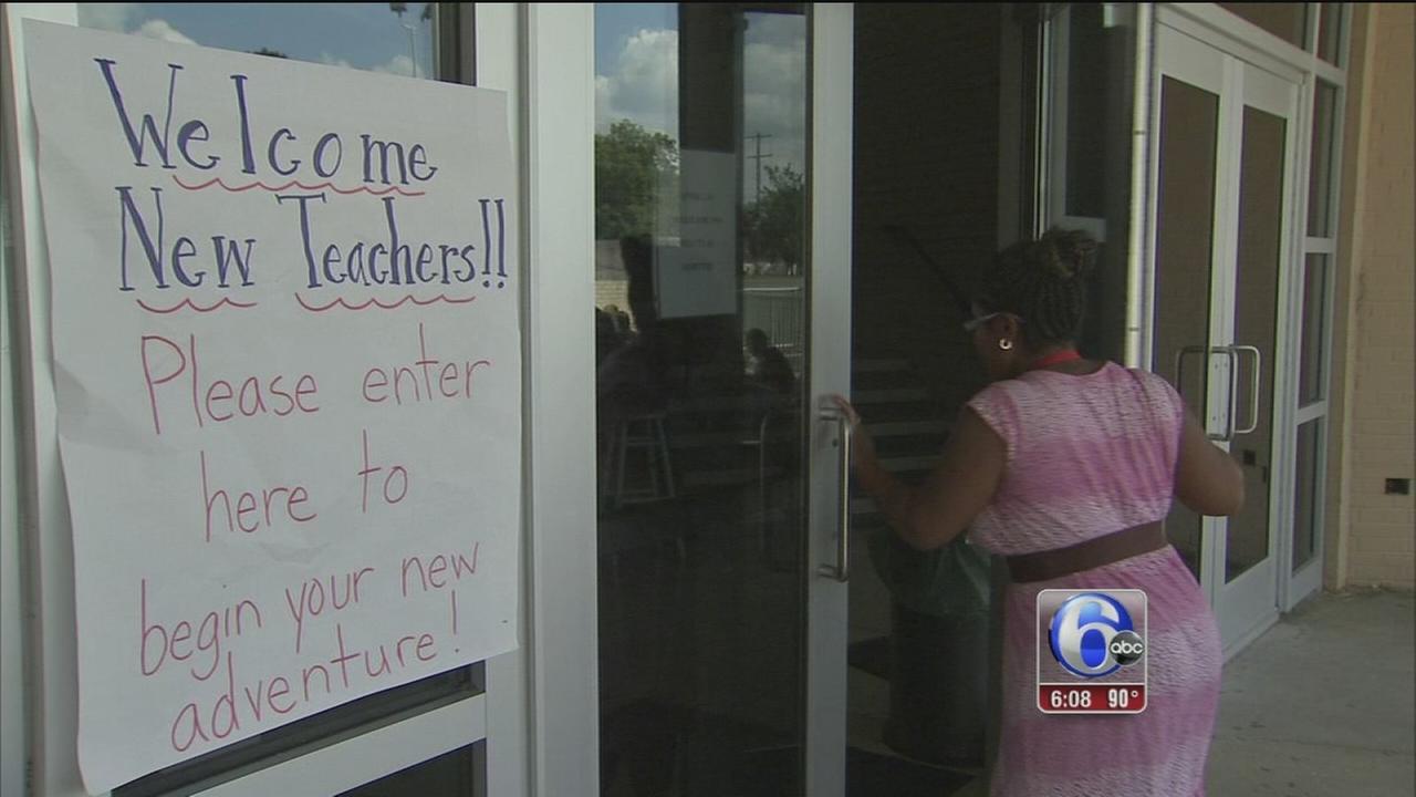 Philadelphia officials prepare new teachers to go back to school