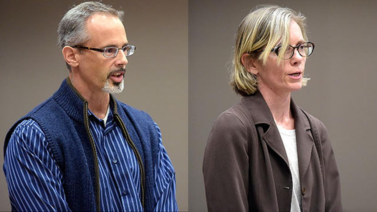 Pa. couple pleads not guilty to locking children in dog cages