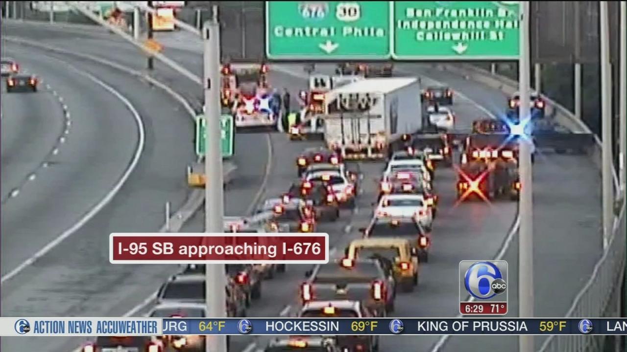 Multi-vehicle crash cleared on SB I-95 approaching I-676