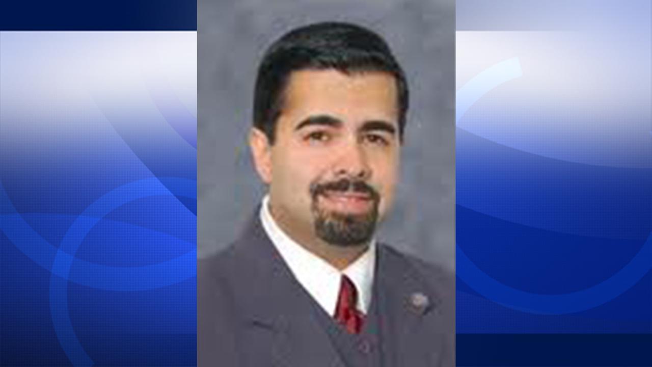 Mayor of suburban L.A. city fatally shot; wife in custody