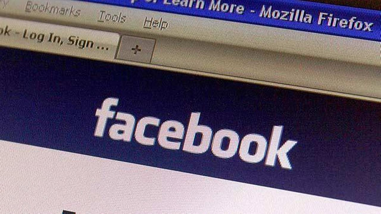 Two new Facebook scams could steal your personal information