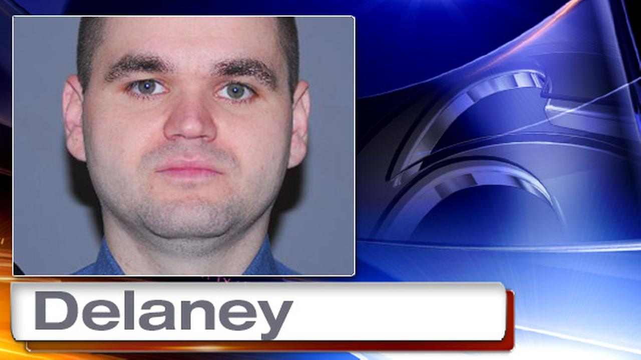 Police officer stalked, harassed ex-girlfriend through texts, social media, grand jury says