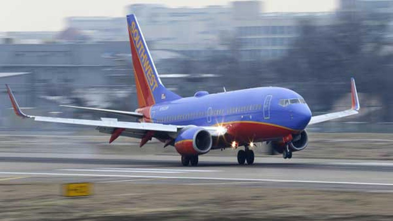 Man asked to leave Southwest flight over tweet