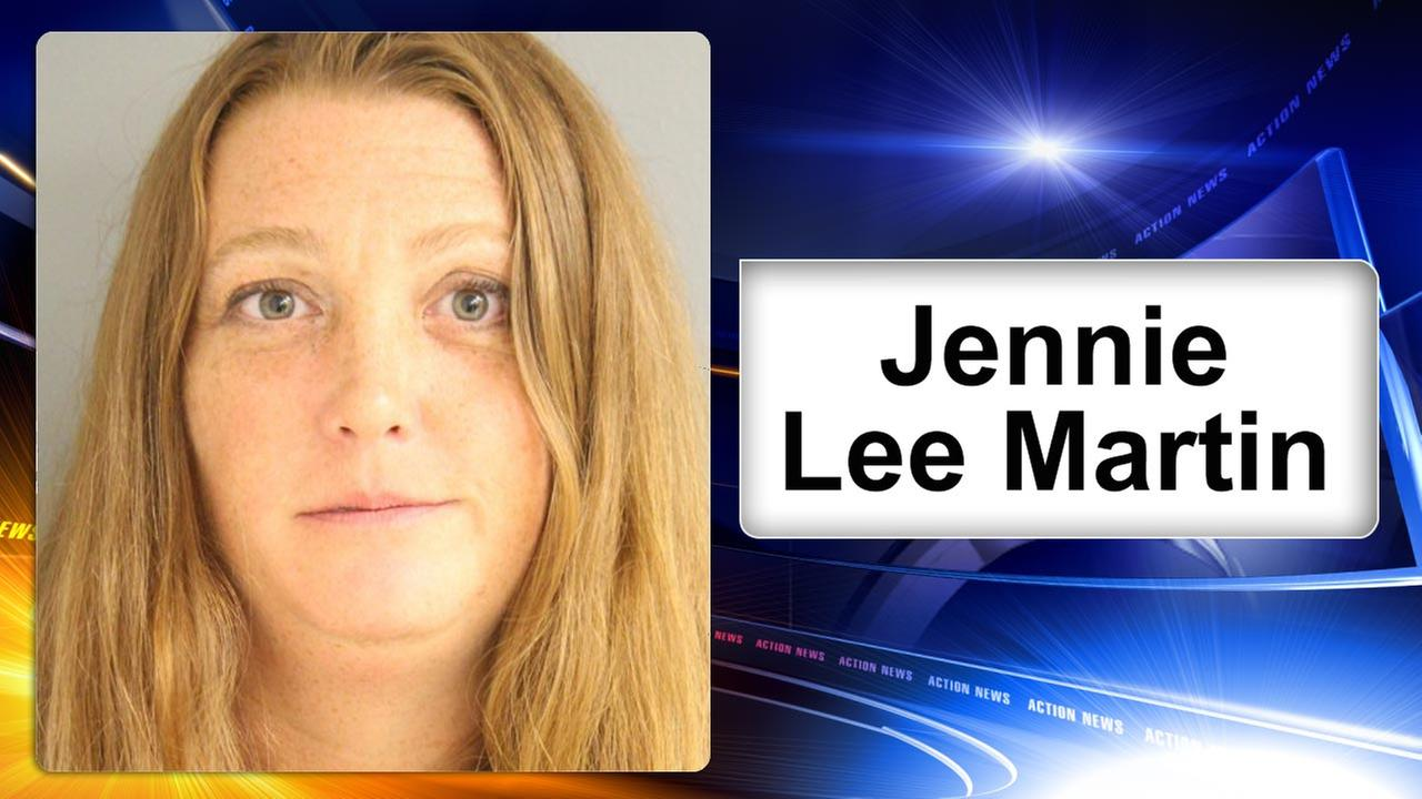 Police: Woman arrested after walking topless in Rehoboth Beach