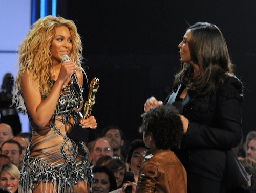 Beyonce's 'Billboard Awards' Acceptance Speech Includes Two Nice Surprises