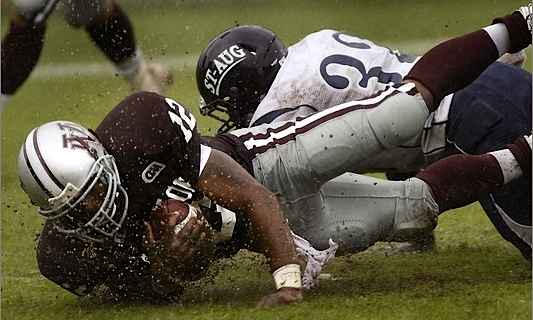 Neither rain nor hurricane-force winds stopped Virginia Union from playing St. Augustine's