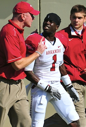 Arkansas receiver apologizes for fair catch cheap shot (Updated)