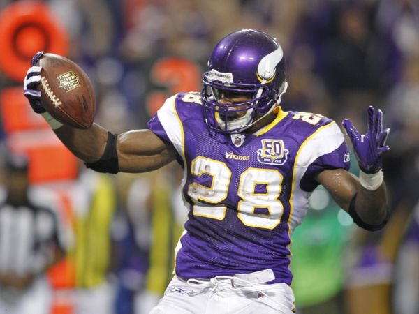 happy_adrian_peterson