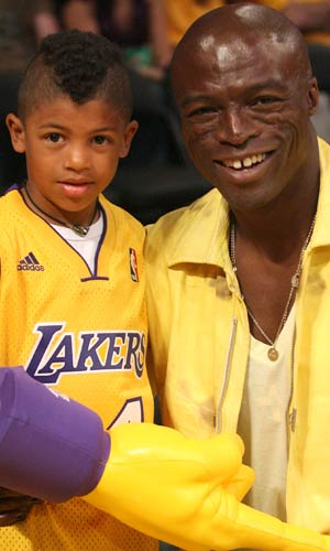 ... and a mohawk over the weekend at his latest Laker game. - London Entertainment/Splash News