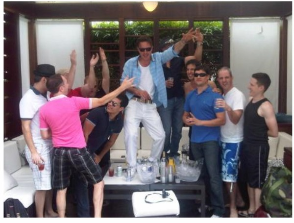 Dance party in Miami! - Twitpic/David Arquette