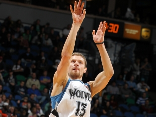 Luke Ridnour - Getty Images