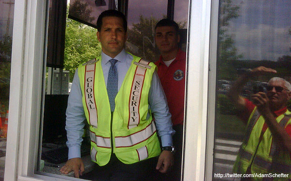 Create-a-Caption: Adam Schefter's lockout career. yahoo-scheftersecurity
