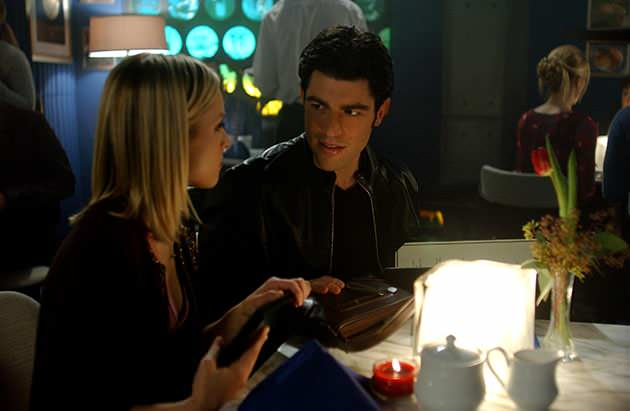 "Bell and Greenfield on ""Veronica Mars."" (Ron Jaffe/Warner Bros. Entertainment)"