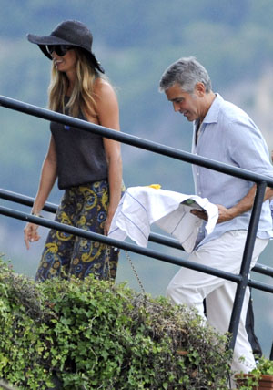 The couple has been spending the summer in Italy (E-pics/Splash News)