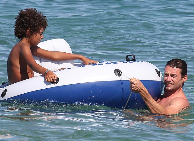 Hugh Jackman and his family spent more time in St. Tropez over the weekend. - INFPhoto.com